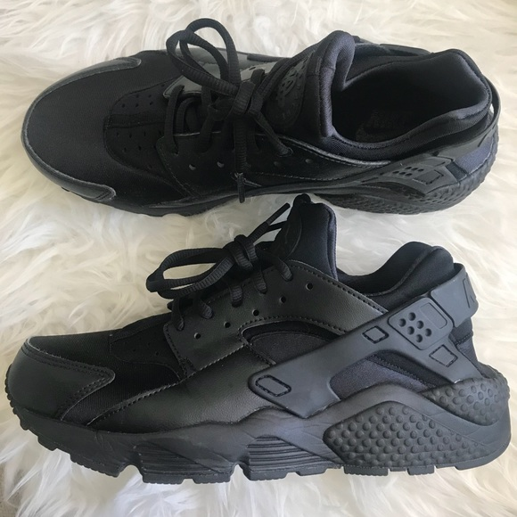 on sale 570a4 8af72 Nike Women s Air Huarache Run. M 5ad106743a112e19fccbb283. Other Shoes you  may like